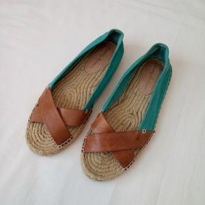 Tommy Bahama Veranda Espadrille Flat Sandal